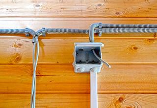 Проводка в бане и парилке: правила и рекомендации